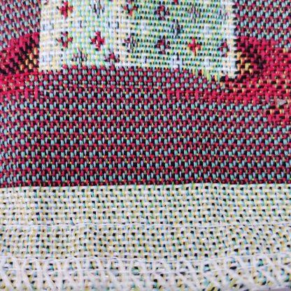 Fete de perne decorative pitici si cadouri de craciun, poza detaliata cusatura