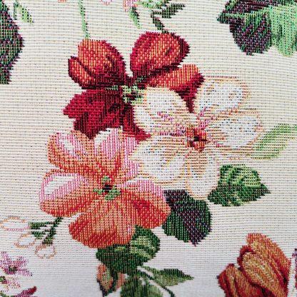 Fete de perne decorative cu bujori si flori asortate detaliu